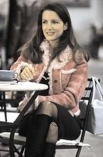 Ep68_char_pinkshearlingjacket_1